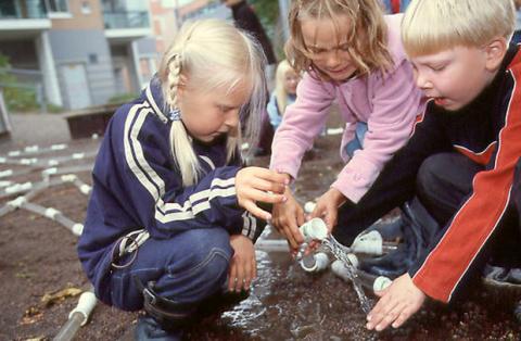 Buzzfeed - Scandinavia better schools